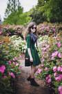 Dark-brown-roper-vintage-boots-dark-green-backless-august-wrinkle-dress