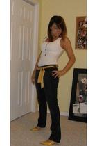 Express top - Levis jeans - Mossimo belt - Splash shoes