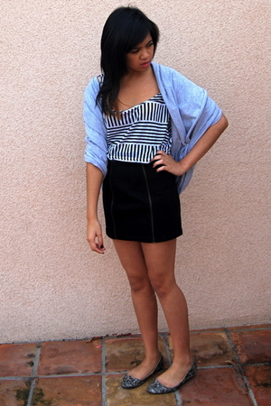 black H&amp;M skirt - white American Apparel top - blue American Apparel scarf - gra