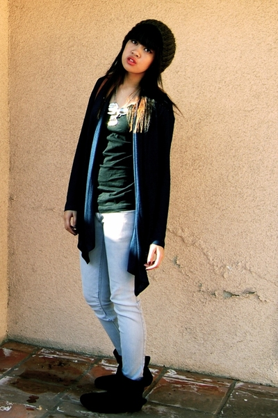 Target shirt - - jeans - Cathy boots - Forever21 accessories - H&M hat