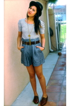 gray Forever 21 shirt - gray Forever 21 shorts - brown Steve Madden - black Urba