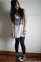 white Forever21 top - black From my friend Shai tights - blue Converse shoes