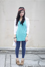 Navy-leggings-white-forever-21-top-turquoise-blue-topshop-top-beige-foreve