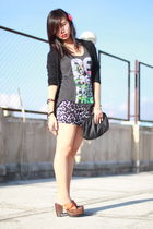 pink floral barette H&M accessories - black Zara purse - brown From China