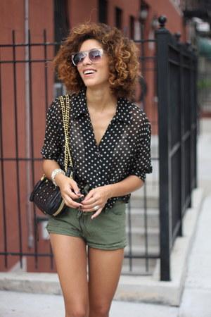 olive green my Pet sQuare shorts - black vintage blouse