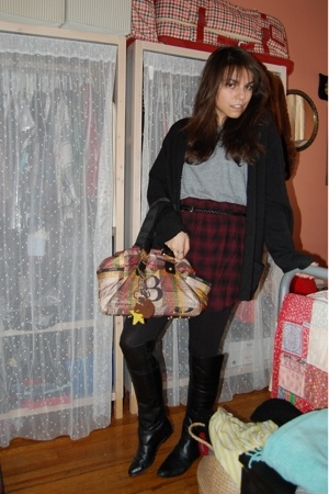 vintage sweater - American Apparel top - homemade skirt - vintage boots - lamb f