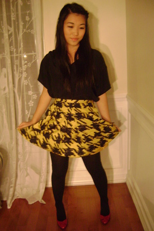 red sam edelman shoes - black Aritzia shirt - yellow Club Monaco skirt