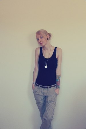 black H&M top - beige Fussl jeans - dark brown H&M belt - Present necklace