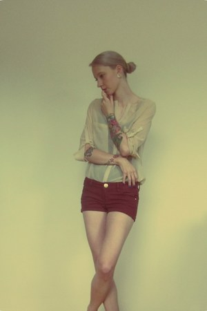 brick red shorts - nude VJ Style blouse