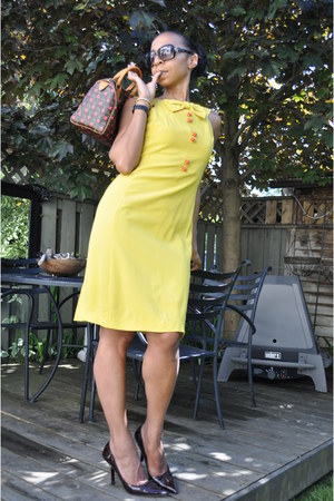 unknown 60s dress - Louis Vuiton bag - Browns heels