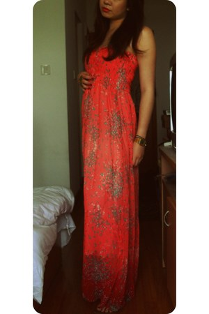 red maxi dress dress - bronze butterfly H&M ring