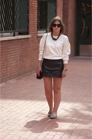 white Mango shirt - black Bershka skirt - heather gray Zara flats