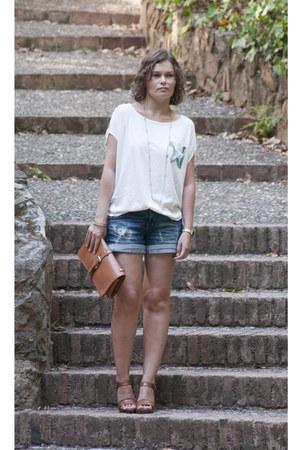 eggshell OASAP shirt - tawny OASAP bag