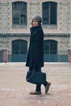 beige H&M hat - black pull&bear coat