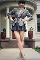 gray vintage blazer - gray Colin Stuart shoes - white vintage blouse - gray f21