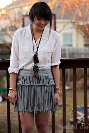 heather gray asos skirt - camel Forever 21 necklace - off white thrifted blouse