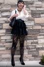 Black-vintage-blazer-f21-necklace-asos-skirt-topshop-tights-leonello-bor