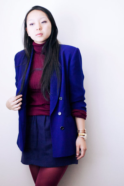 blue boyfriend blazer - crimson turtleneck sweater - magenta stockings