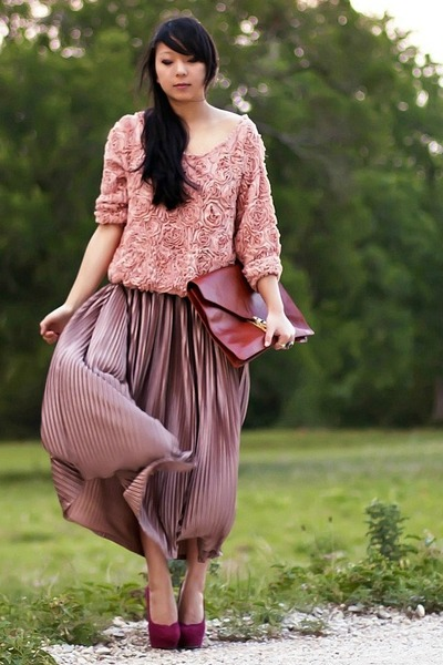 light purple maxi American Apparel skirt - maroon pumps Bakers heels