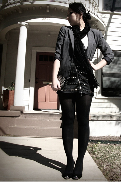 gray vintage blazer - black skirt - black scarf - f21 shirt - modcloth shoes - f