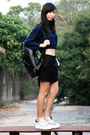 Navy-zara-sweater-black-homanz-bag-white-ash-sneakers