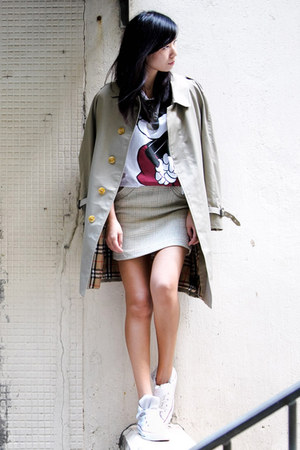 beige Burberry jacket - eggshell Ezzentric Topz skirt - white Uniqlo t-shirt