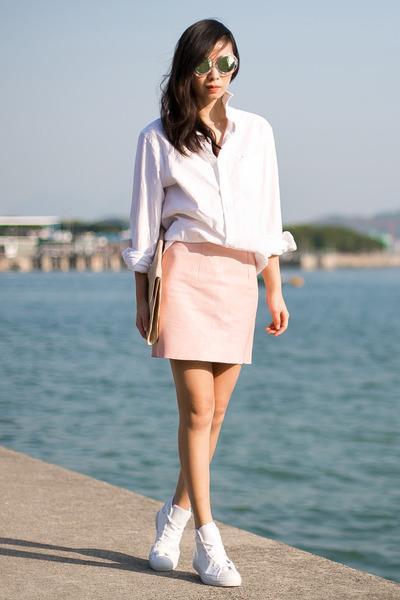 white American Eagle shirt - light pink American Apparel skirt
