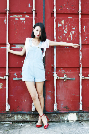 light blue American Apparel shorts - white H&M t-shirt - ruby red Zara pumps
