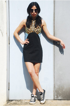 black Ksubi dress - black asos sunglasses - black Converse sneakers