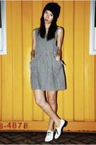 white American Apparel shoes - black Ezzentric Topz dress