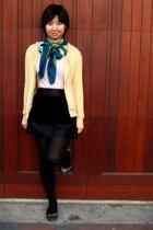 - - - scarf