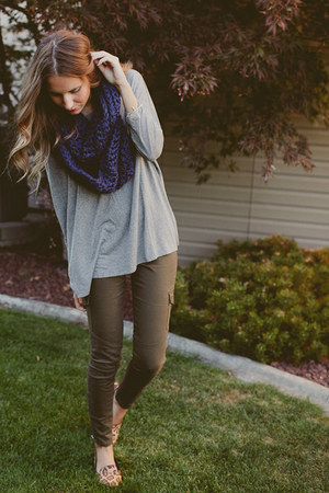 Caring Cowl scarf