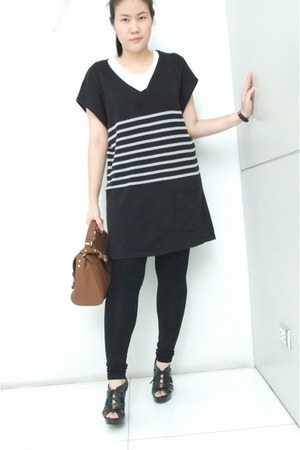 Zara bag - Aldo wedges - f21 t-shirt
