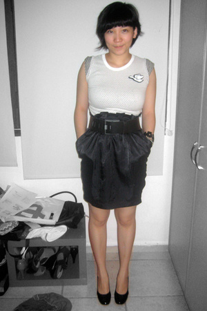 Fourskin t-shirt - Target skirt - zambesi belt - Charles &amp; Keith shoes