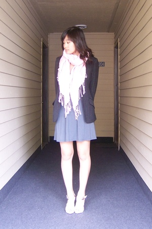 forever 21 dress - Maxstudio blazer - scarf - Old Navy shoes