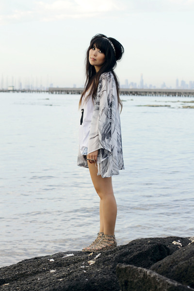 light blue kimono DIY jacket - light blue vintage shorts - light brown H&M wedge