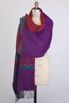 Wide-long-wool-vintage-scarf