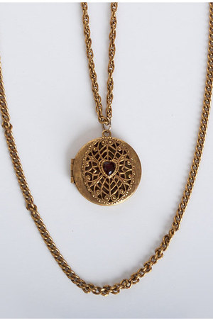 gold vintage necklace