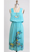 Turquoise-blue-vintage-dress