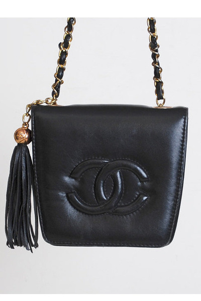 black vintage chanel bag