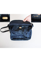Navy Vintage Gucci Bags