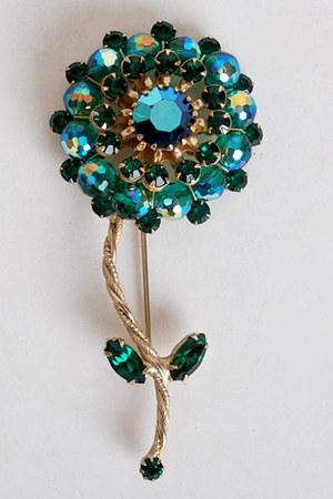 vintage Weiss accessories