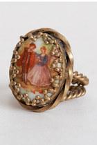 Gold-vintage-ring