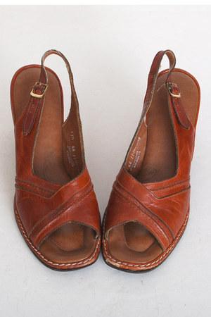 brown vintage sandals