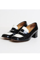 Size 8 1/2 Vintage 90s Black & White Leather Loafers 38.5