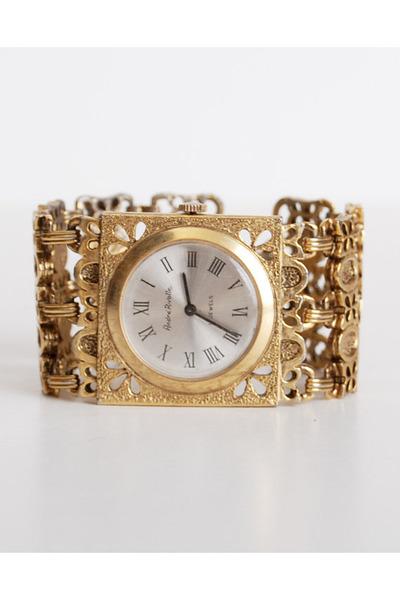 gold vintage watch