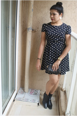 Clarks boots - new look dress - Aldo watch