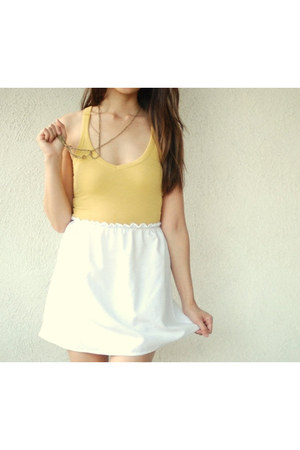 white Twisted Moss skirt
