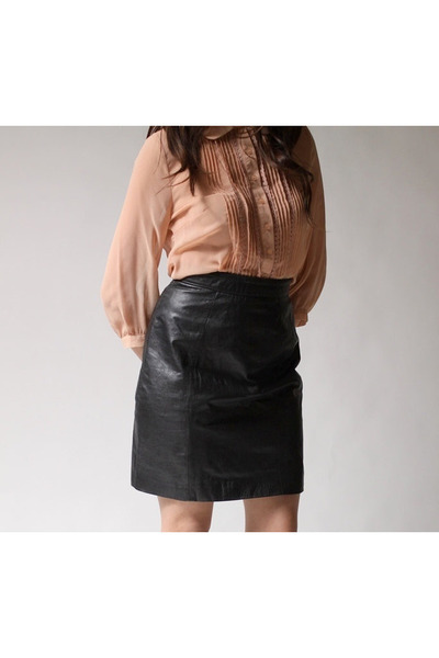 black Byrnes and Baker skirt