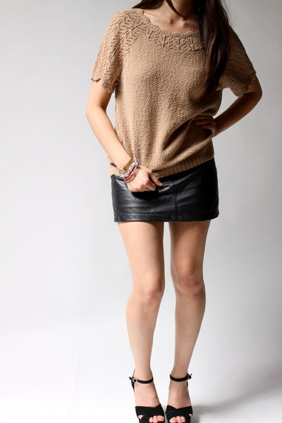 tan Carly Blake top